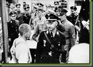 250px-Bundesarchiv_Bild_152-11-12,_Dachau,_Konzentrationslager,_Besuch_Himmlers_thumb[2]