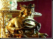 450px-Detail_of_Crown_Reliquary