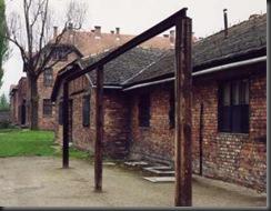 Auschwitz_I_Stammlager_2001_07