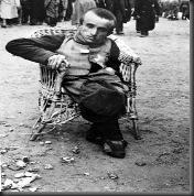 AuschwitzDwarf