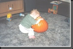 alex_whats_in_the_pumpkin_2000_thumb